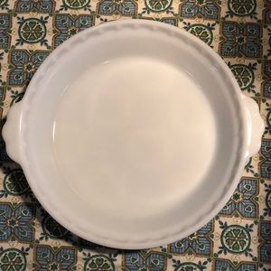 Vintage Pyrex Milk glass Pie 🥧dish